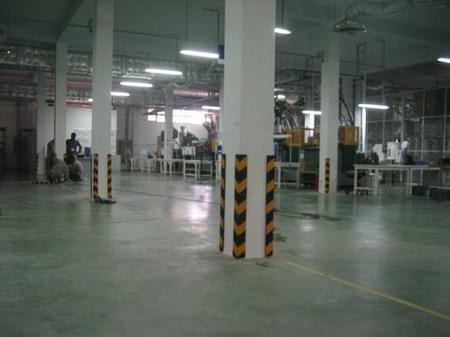 đệm bảo vệ góc cột nhà xưởng và hầm xe